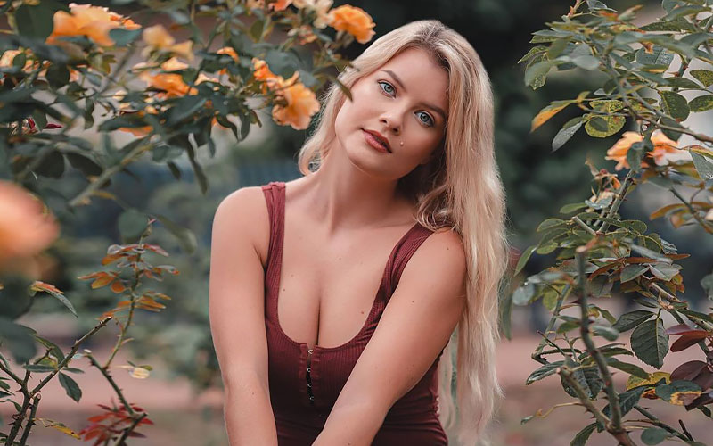 ukrainian mail order wife with flowers